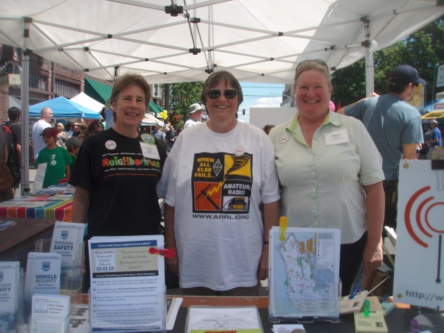 Photo of West Seattle Be Prepared booth at West Seattle SummerFest 2011