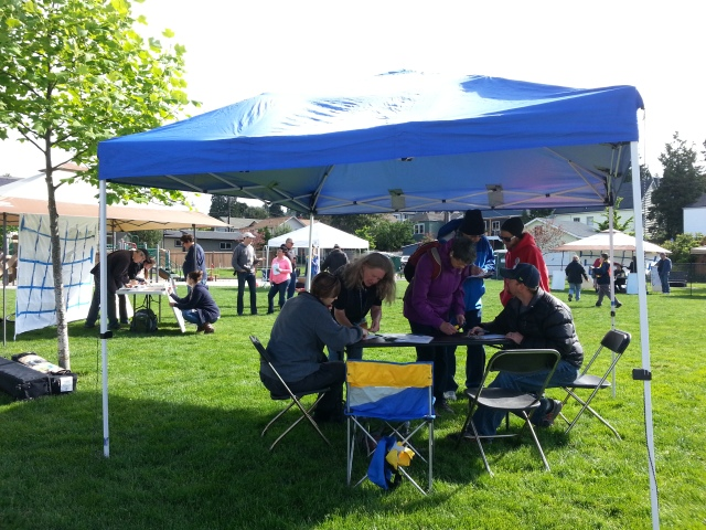Citywide disaster drill, 5/17/14: West Seattle hubs at Ercolini Park.